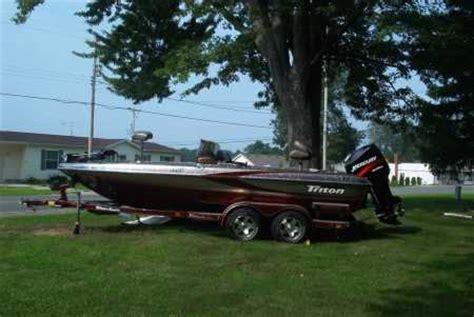 custom boat covers jackson mi scott has histriton boat for sale from walleyes inc