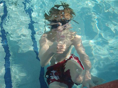 Chlorine Detox For Swimmers by The Dangers Of Chlorinated Pools And How To Protect