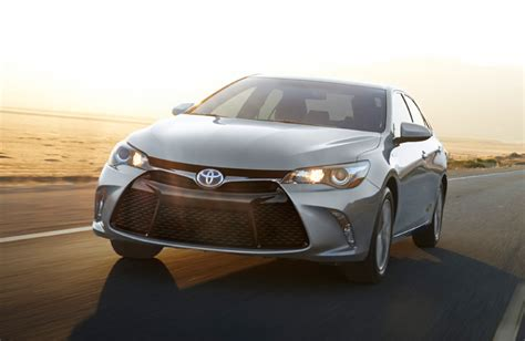 How Much Is A Toyota Camry How Much Does The 2017 Toyota Camry Cost