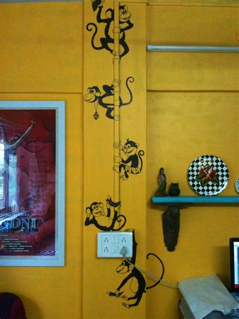 studi  monkey house  walls