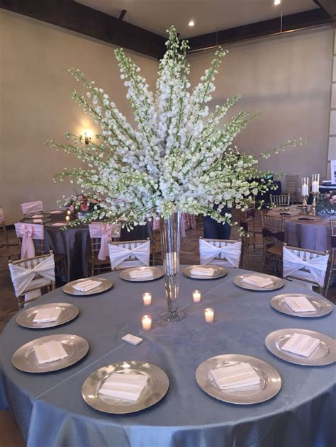 White delphinium centerpiece #weddingflowers #centerpiece