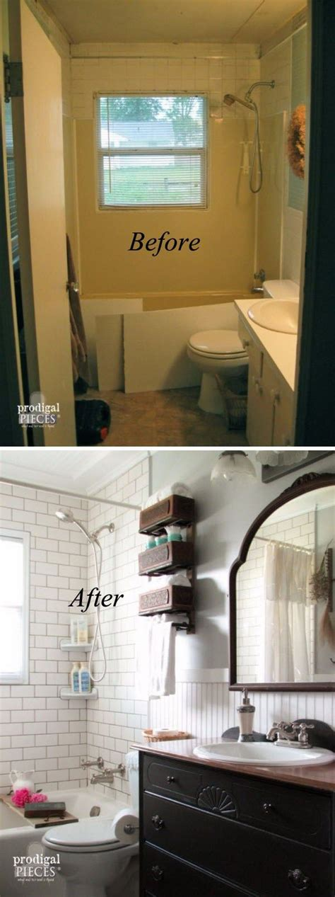 Master Bathroom Makeovers by 25 Best Ideas About Small Bathroom Makeovers On