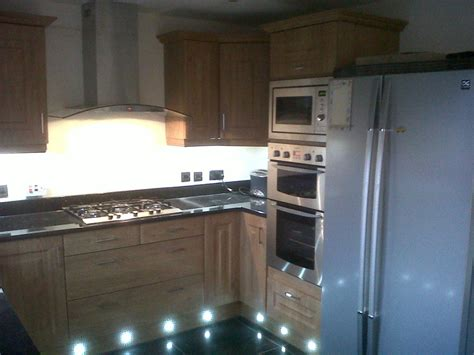 roy adamson kitchens  feedback kitchen fitter