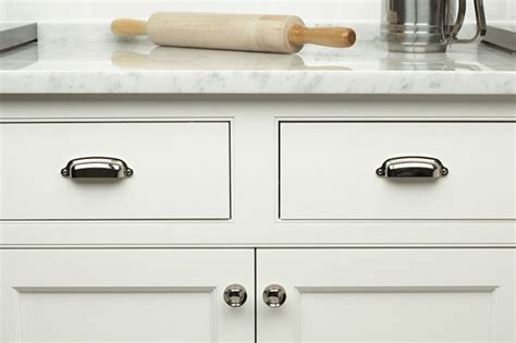 Certified Kitchen And Bath Designer by Tips For Selecting Knobs And Pulls For Cabinet Doors And