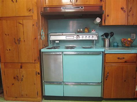 Wainscoting Kitchen Cabinets american beauties 25 vintage stoves and refrigerators