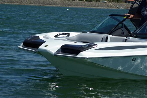 wake boat centurion centurion boats introduces the new fx 22 alliance wakeboard