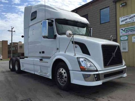 2012 volvo big volvo vnl670 670 2012 sleeper semi trucks