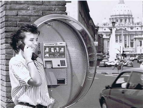 cabine telefoniche roma cosa fare delle vecchie cabine telefoniche wired