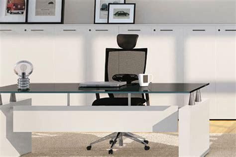 scrivanie ufficio moderne scrivanie per ufficio classiche o moderne