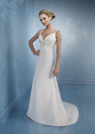Cheap Beach Wedding Dress ? Sang Maestro