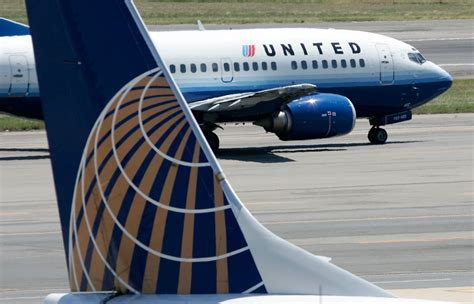 united airline sign in flights to hawaii could soon be much cheaper simplemost