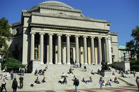 Columbia Vs Wharton Mba by Top B Schools For Mba Pay Bloomberg