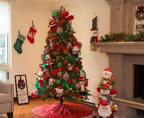 como decorar tu pino de navidad  home depot blog