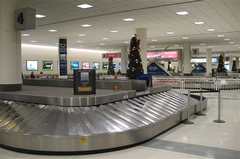 united baggage claim 10 tips for retrieving your luggage at baggage claim