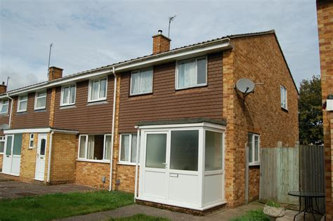 3 bedroom house to rent bedford 3 bedroom house to rent bedford 3 bedroom semi detached