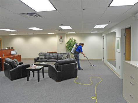 Office Cleaning Business by Office Cleaning Facility Providers Make Clean Environment