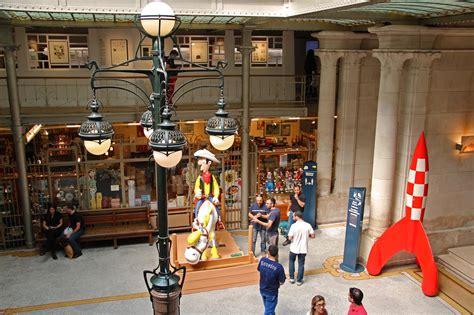 Museum In La With Ls by Lucky Luke Arrive Au Mus 233 E De La Bd