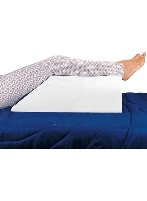 pillow to elevate legs in bed leg elevation pillow reviews bed wedge pillow with memory