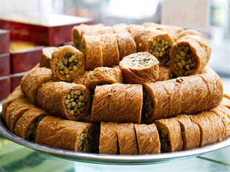 Baklava And Beyond 12 Turkish Sweets You Should Know Ottoman Desserts