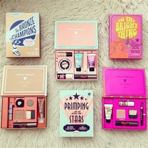 8 Great Travel Makeup Kits by Great Idea Is To Try Small Travel Sized Packages Of Make