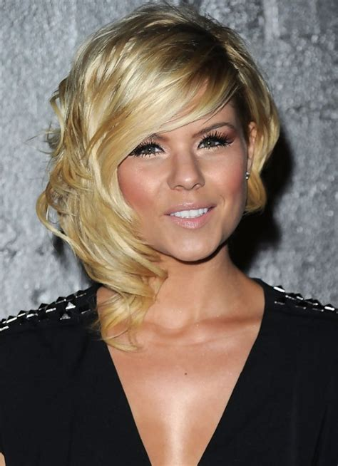 medium inverted bob hairstyle pictures medium inverted bob hairstyles weekly