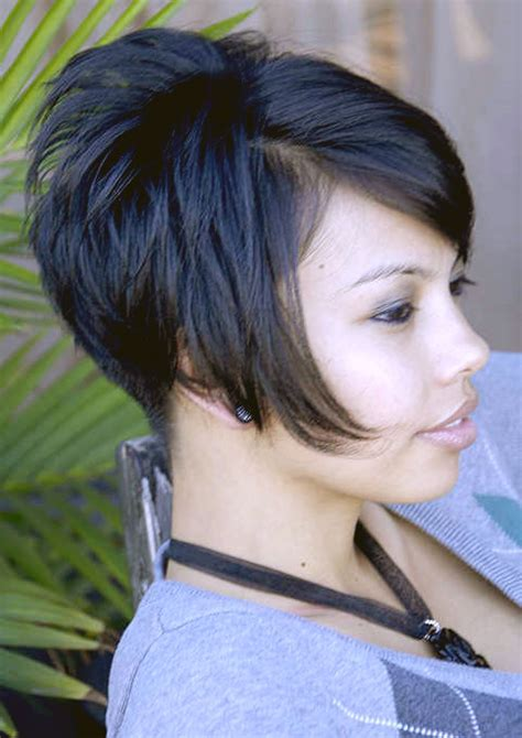 very short inverted bob haircut pictures hairxstatic angled bobs gallery 7 of 8