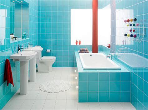 free standing bathroom accessories