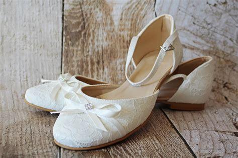 flache brautschuhe aus spitze mit schleifchen ivory - Brautschuhe Flach Ivory