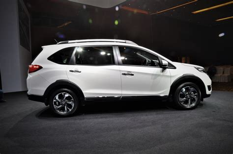 honda br honda br v launched in malaysia autoworld com my