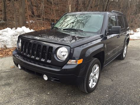 patriot jeep 2014 review 2014 jeep patriot is classic jeep styling at a