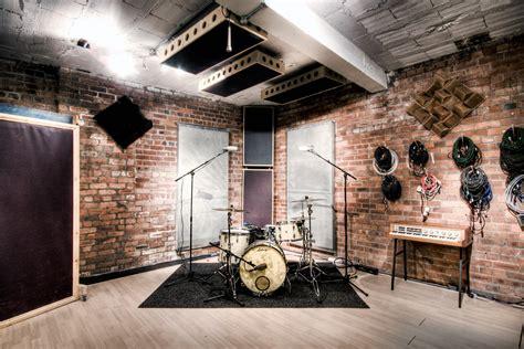The Drum Room by Whitewood Recording Studio 187 Studio