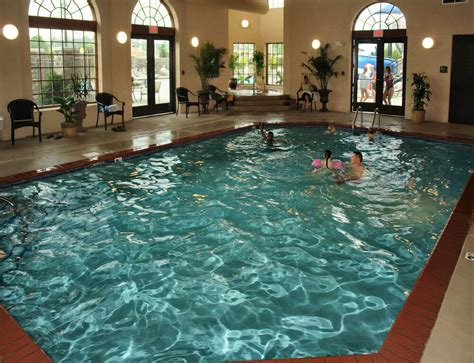 in door pool hotels with indoor pools from gatlinburg to pigeon forge