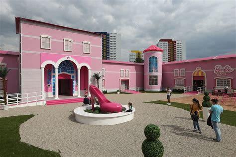 dream house mortgage plastic fantastic meets plattenbau uncube barbie dream house