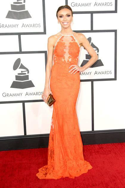 desain gaun red carpet 10 selebriti dengan gaun terbaik di red carpet grammy