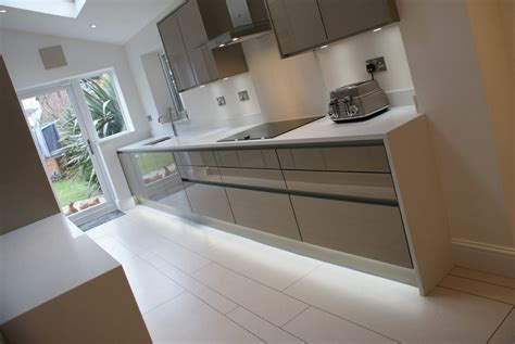 Modern Kitchens Liverpool purple kitchens maghull liverpool formby aughton