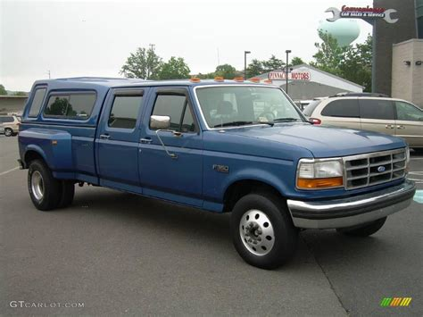 1994 ford f350 1994 medium lapis blue metallic ford f350 xlt crew cab
