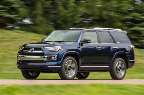 toyota four runer 2016 toyota 4runner reviews and rating motor trend
