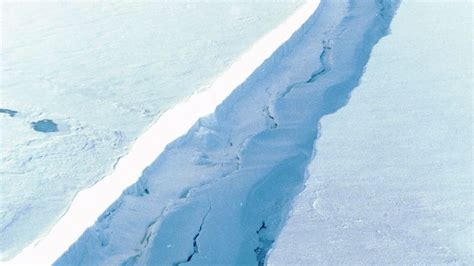 a lengthening is threatening to cause an antarctic