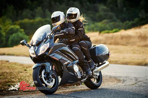 test opinioni feature yamaha s fjr1300 bike review