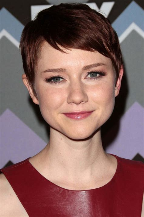 how to do a pixie hairstyles 60 cute short pixie haircuts femininity and practicality