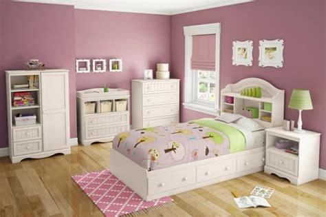 Incroyable Idee Peinture Chambre Garcon #1: 2deco-chambre-fille-murs-rose-poudr%C3%A9-meubles-blancs-sublime-idee-peinture-chambre-enfant.jpg