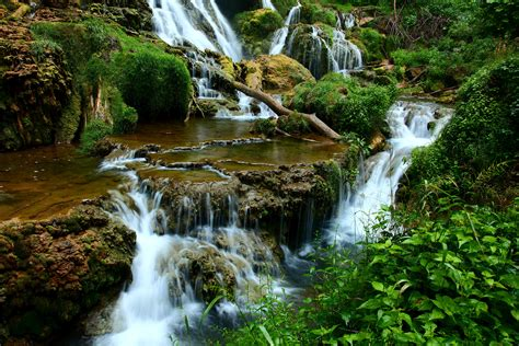 Landscape Pictures Waterfalls News And Entertainment Landscape Jan 05 2013 19 38 57