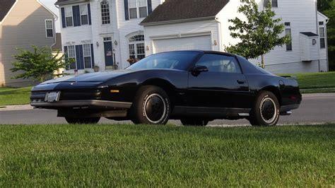 1989 Pontiac Firebird by 1989 Pontiac Firebird