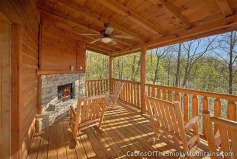 gatlinburg cabins 10 bedrooms gatlinburg cabin angel ridge hideaway 3 bedroom