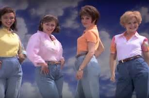 Mom Jeans Meme - mom jeans are suddenly cool billboard