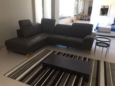 divani in pelle scontati divano egoitaliano iris divani angolari pelle divani a