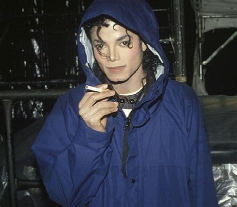 did michael ever smoke??   Michael Jackson Answers   Fanpop