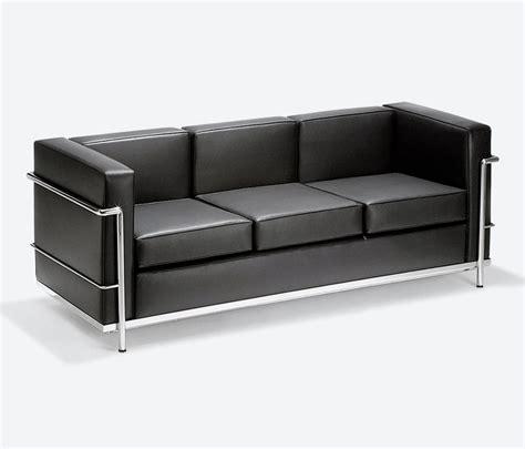 sofa or in sof 225 lc2 3 lugares ess 234 ncia m 243 veis de design