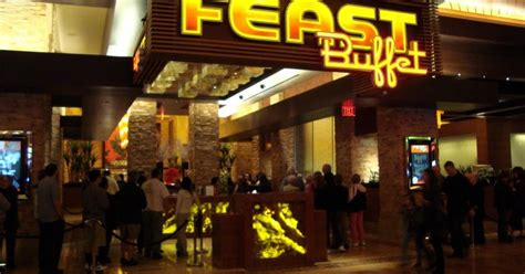 economic eats in las vegas rock casino and green
