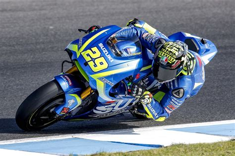 Suzuki Motogp More Photos Of Suzuki S Motogp Aerodynamics Asphalt Rubber